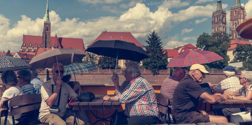 Новосибирск вошел в ТОП-5 рейтинга российских регионов по доле путешествующих пенсионеров